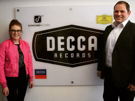 Jess Gillam signs to Decca